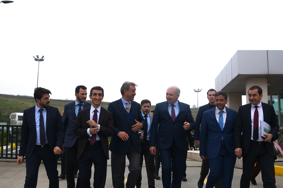İstanbul Büyükşehir Belediye (İBB) Başkanı Mevlüt Uysal, İSTAÇ Odayeri Entegre Atık Tesisini Ziyaret etti